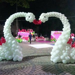 Cổng bong bóng đám cưới
